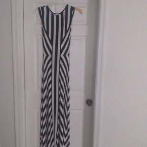 Maxi-Length Cap Sleeve Dress